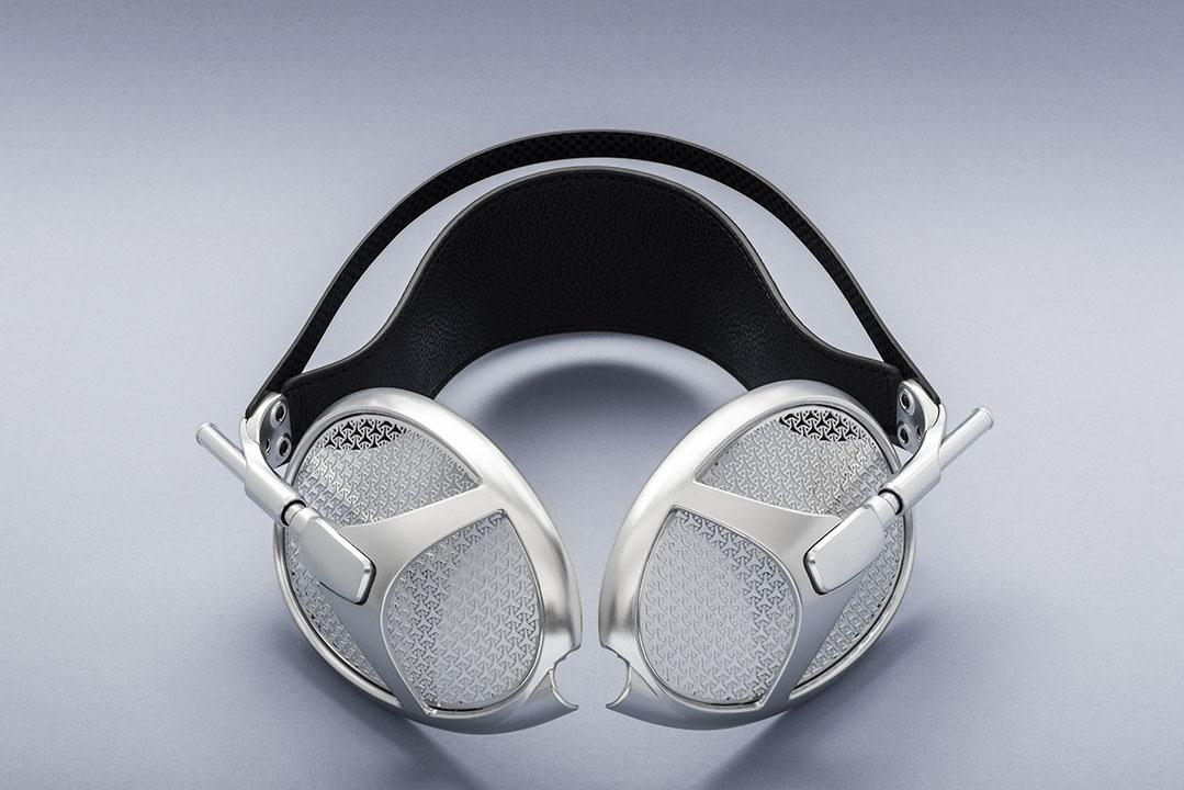 Meze Empyrean Headphone Story & Photo Preview